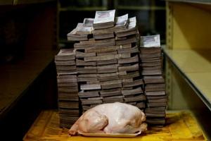 委内瑞拉货币贬到连卫生纸都不如,人民苦不堪言