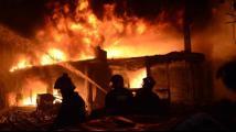 孟加拉国首都达卡发生火灾