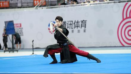 超新星第一日:张峰武术卫冕夺首金 徐梦洁破赛会纪录