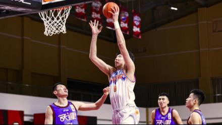CBA新疆逆轉取勝天津 周琦狂砍41分追平生涯紀錄