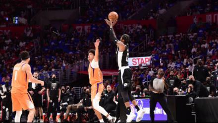 NBA五佳球:乔治战斧劈扣+天外飞仙霸榜