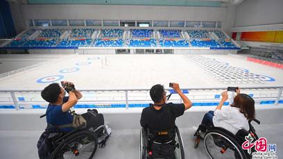 Beijing rend les sites des Jeux d'hiver plus accessibles aux personnes à mobilité réduite