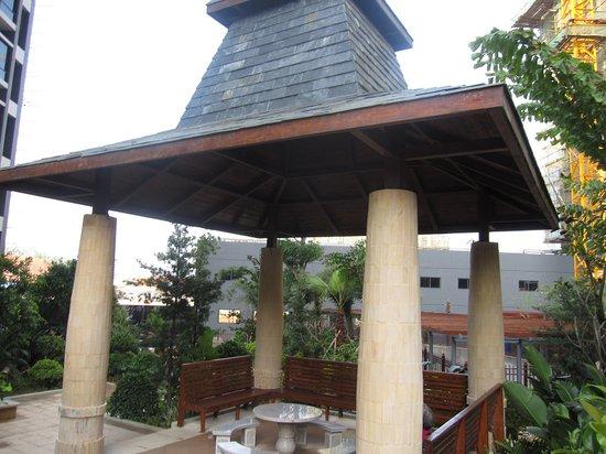 昌泰水立方在园林打造方面别具匠心,开放的首期园林以东南亚的风情