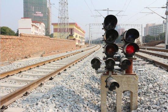 据南宁铁路局介绍,衡阳至柳州、柳州至南宁高速铁路近期均