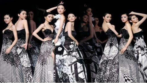 模特大赛机构联合主办,旨在为南宁人民打造一台融音乐舞蹈之美,服装之
