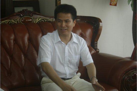 """潘超文:缔造品质生活 构筑""""三心""""房企"""