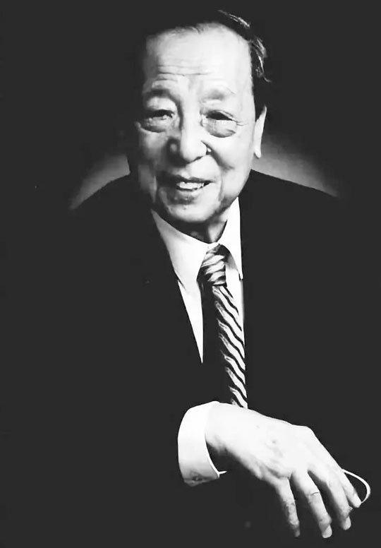 李学勤£¨1933年3月28日£2019年2月24日£©£¬生于北京£¬中国历史学家£¬古文字学家¡£