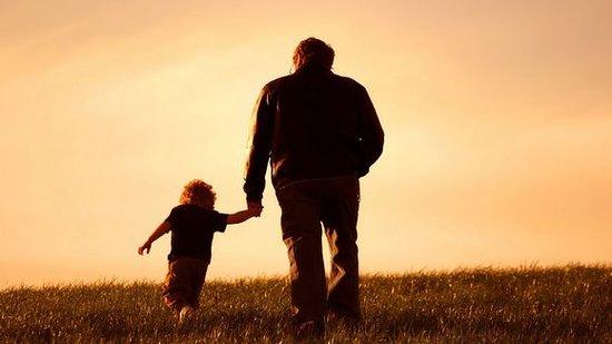 孩子优秀便是父亲节最好的礼物 盛润广场教育讲座开讲