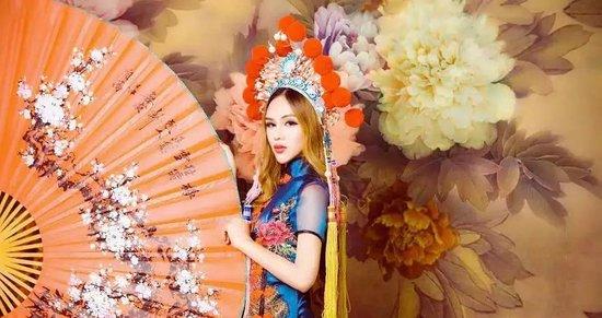 妖后驾到:百万粉丝网红主播倾情加入泰国风情节!