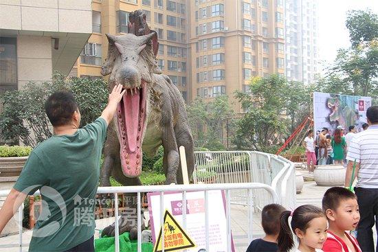 """恐龙来啦!常绿大阅城""""变身""""侏罗纪公园!"""