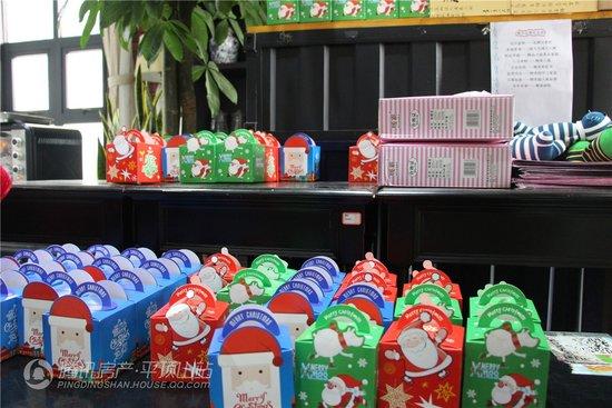 圣诞嘉年华欢乐落幕!壕气圣诞现烤火鸡宴你品尝了吗?