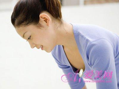 女性养生:别给乳房健康上刑 7大伤乳房的恶习