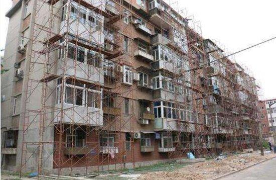 青岛城乡环境综合提升 565个老旧楼座完成整治