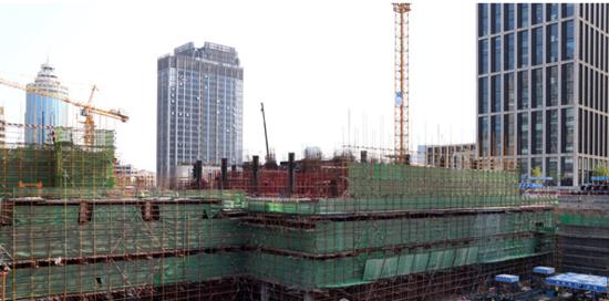 """""""崂山第一高楼""""青岛环球金融中心即将完成地下施工"""