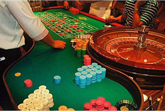 拉斯维加斯(赌场 赌场)最低下多少,五块可以吗?
