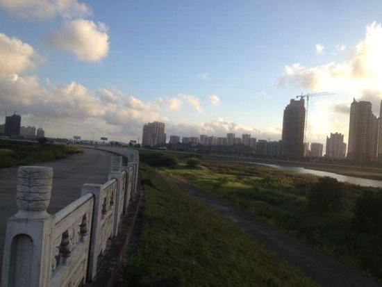 清风做伴 公园为邻 防城港埠上桃源让你如沐春风