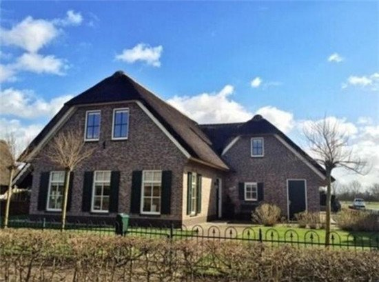 图拍荷兰最真实别墅房新城造价是茅草农村的几十倍砖瓦无锡屋顶蠡湖图片