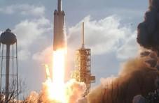 SpaceX:耗资3.3亿美元将12个机架送入了太空