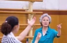"""86版《西游记》""""白骨精""""近照  75岁依然神采奕奕"""