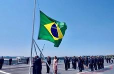 巴西新航母海试,2万吨巨舰只花一架F-35的钱