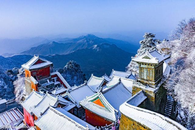 瑞雪兆丰年:古代雪神文化与物候意义