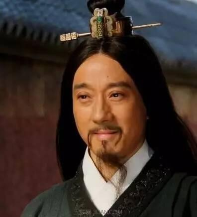 芈月传张仪_《芈月传》中,张仪的唇彩和飘逸的长发让人印象深刻,正是他不断到楚国