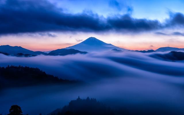 看云也有境界:不可穷其形 尽可取其意