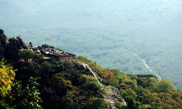 佛陀为何常住王舍城 灵鹫山?