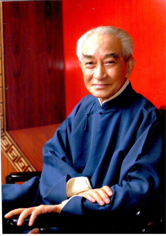 父亲南怀瑾去世后 曾一度被认为是在入定