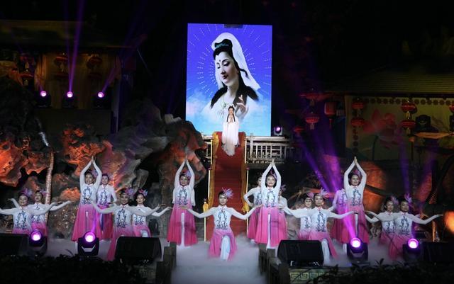 中国佛音春晚圆满举行 祈福纳祥弘扬慈善