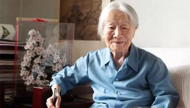 10位百岁老人的养生之道 养生先养心!