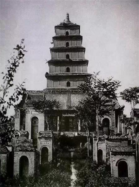 100年前德国人拍的中国佛塔 太珍贵了!