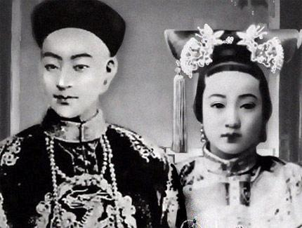 """清朝五大未解之谜 ,乾隆棺椁""""鬼顶门"""""""