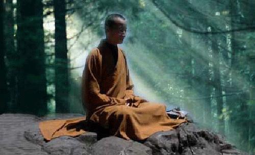 衡山神奇和尚两世为僧 坐禅入定中拜谒弥勒佛