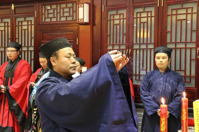 北京白云观举行祭灶仪式