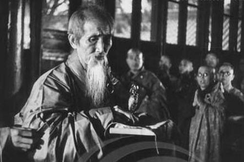 """""""云门事件""""始末 112岁虚云老和尚:不管你们怎么打 我不死!"""