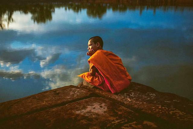 慈诚罗珠堪布:我们活着是为了什么?