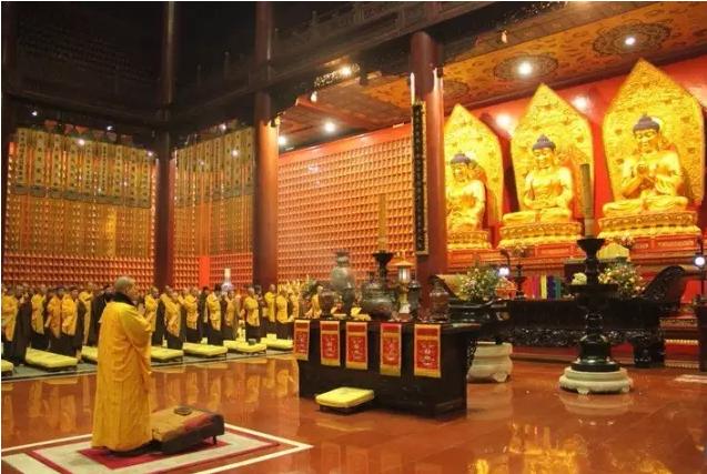 明海大和尚:如何正确做佛教的早晚课?