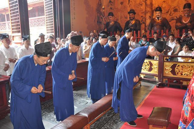 上海道教界举行祈福法会隆重庆祝中国道教协会成立六十周年
