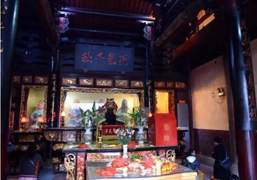 心念虔诚始终如一:泉州通淮关岳庙灵验记