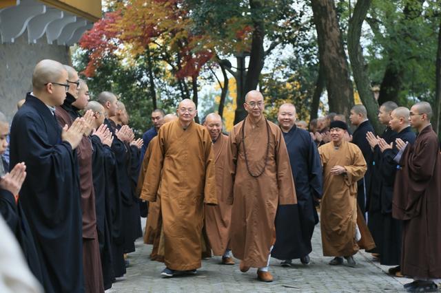明学长老生西周年纪念会在苏州灵岩山寺圆满举行