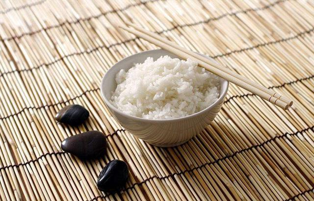 禅者的境界:终日吃饭 未曾咬著一粒米