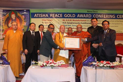 松纯长老出访孟加拉和尼泊尔获世界和平金奖