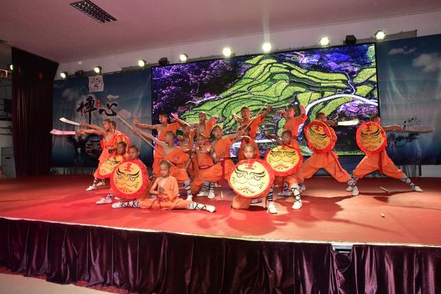 南少林寺武僧团的精彩表演