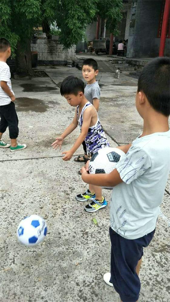 文心高中夏令营侧记:当孩子王 懂得老师的艰辛