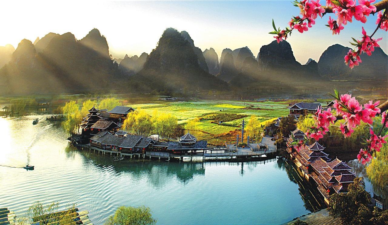 每周诗语丨谢灵运:谢公宿处今尚在 绿水荡漾清猿啼