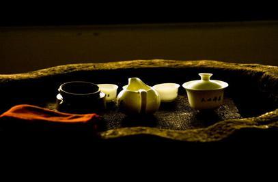 品茶禅坐:茶禅境界与开悟相通