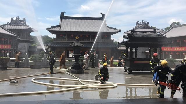 奉化区佛教场所消防培训在雪窦寺举行