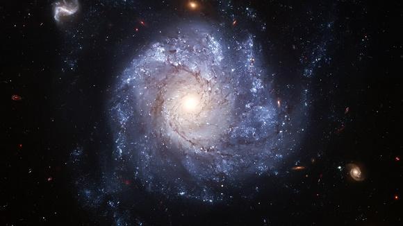 浩渺宇宙源于心中一念