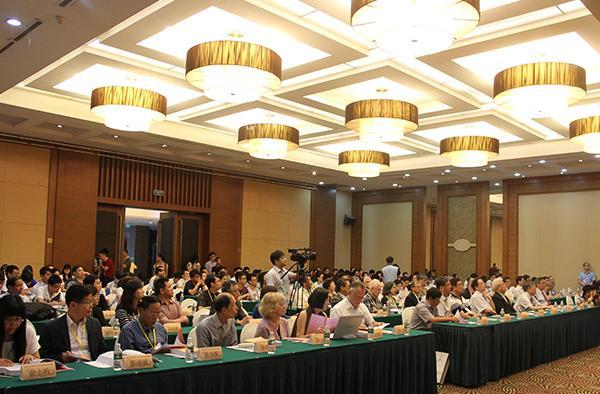 高端论坛_首届中国古典文学高端论坛在南京开幕